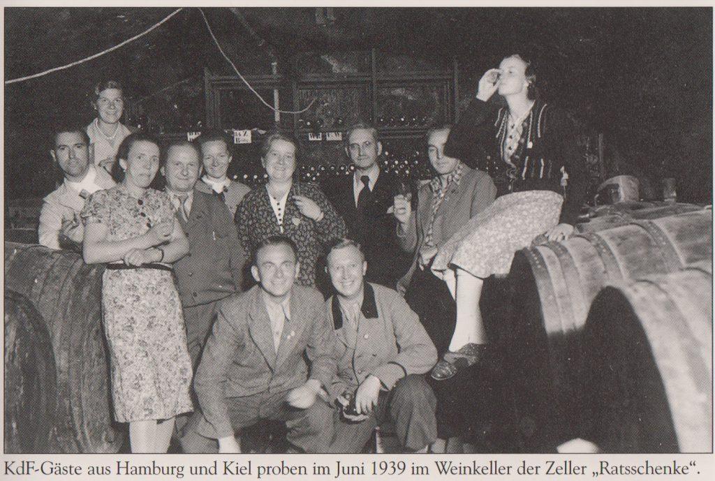 Weinprobe 1939