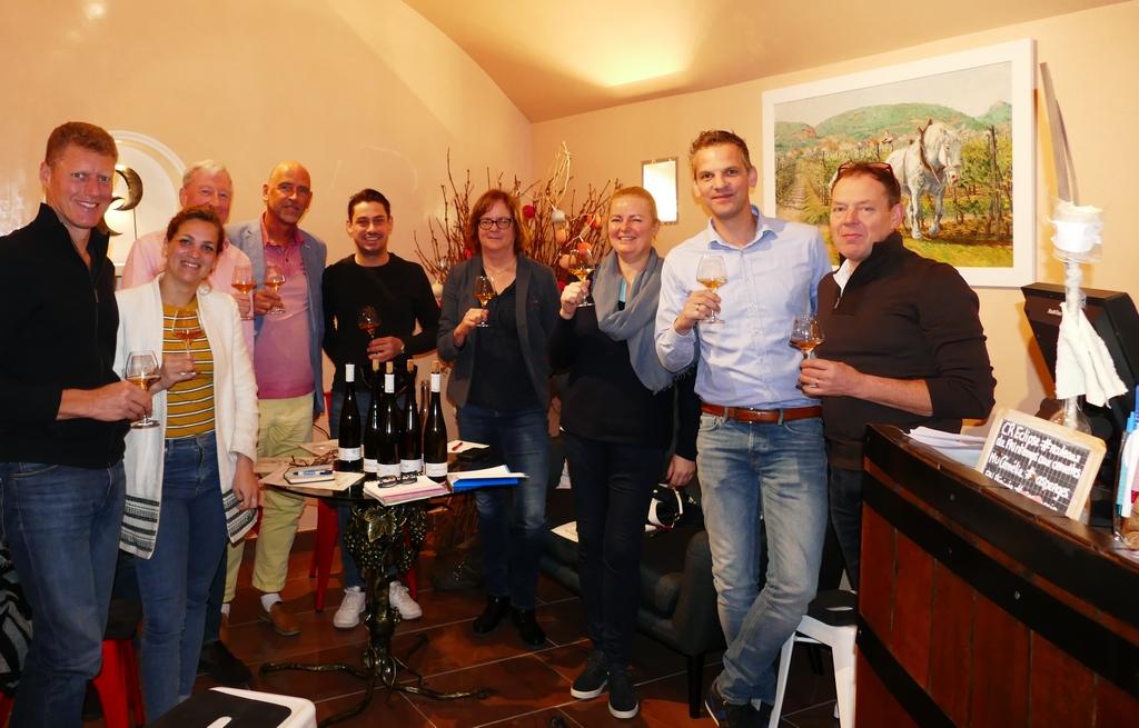 """wijnprofessionals proefgroep Vinologie """"Rechteroever"""""""